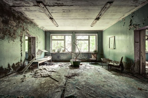 Inside-the-hospital-located-in-the-Chernobyl-Exclusion-Zone